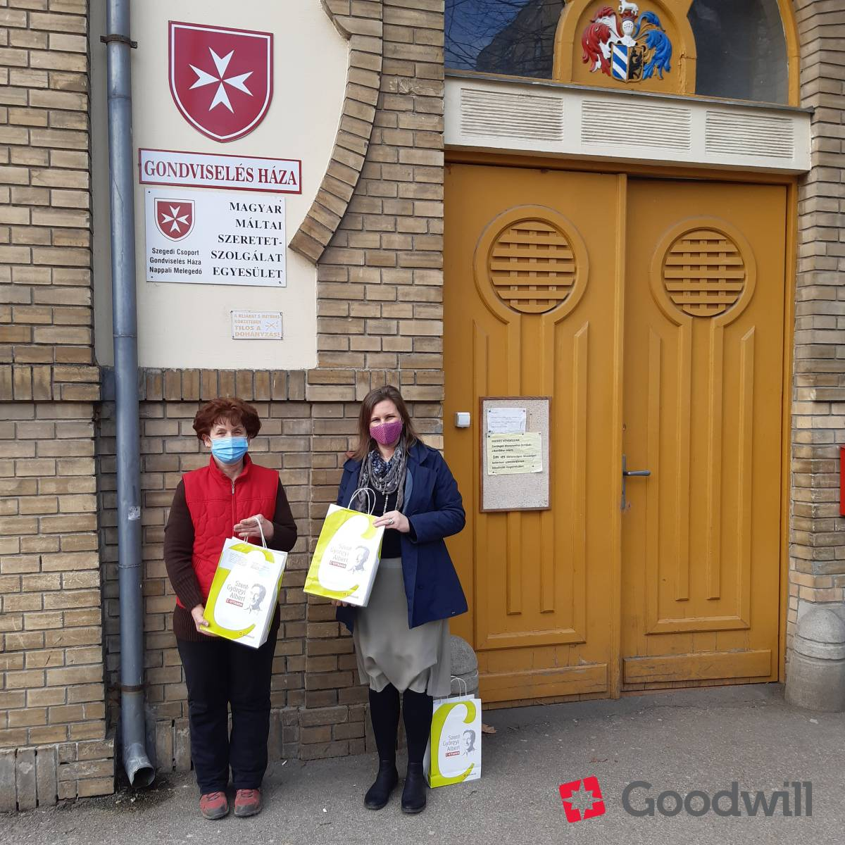 Kézzel készített szappanokkal támogattuk a Magyar Máltai Szeretetszolgálatot